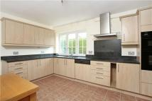 4 bed Detached house in Hawkhurst, Cobham...