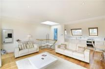 2 bed Flat in 53 Rosslyn Hill...