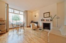 Apartment to rent in East Heath Road, London...