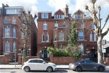 2 bedroom Flat to rent in Fordwych Road...