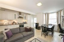 Flat to rent in Gayton Road, Hampstead...
