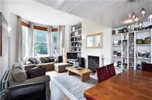 Flat to rent in Hartham Road, London, N7