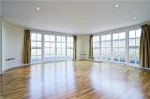 Penthouse to rent in Clare Lane, London, N1