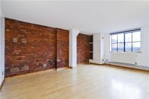 property to rent in Henshall Street, London, N1