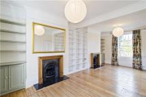 3 bed Terraced house in De Beauvoir Road, London...