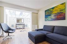 Flat in Ardleigh Road, London, N1