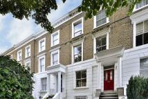 2 bed Maisonette to rent in Elizabeth Avenue London...