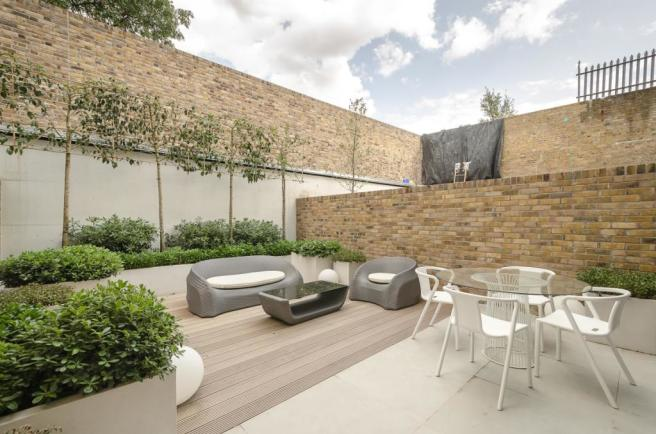 68-Mulberry-Mews-022