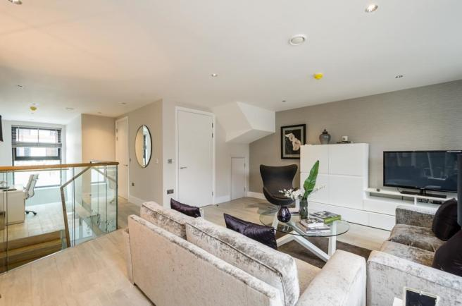 68-Mulberry-Mews-028