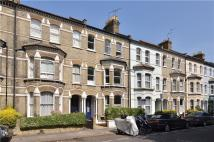2 bedroom Flat in Crondace Road, London...
