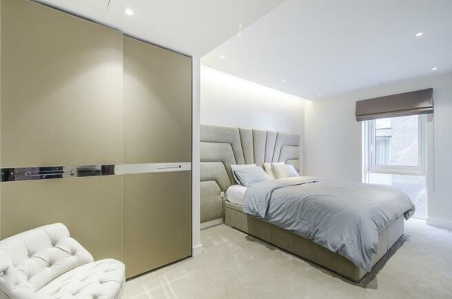 Master Bedroom 02