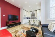 Flat to rent in Earsby Street, London...