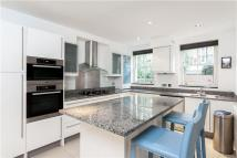 4 bed home in St. Johns Villas, London...