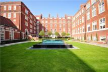 2 bed Flat to rent in Duchess Of Bedfords Walk...
