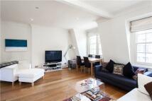 3 bed Apartment in Kensington Church Street...