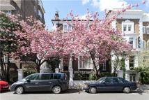 Apartment to rent in Stanford Road, London, W8