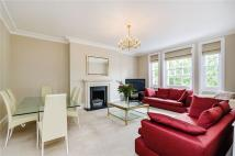 Flat to rent in Egerton Place, London...