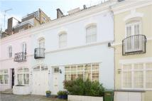 3 bed Mews to rent in Ennismore Gardens Mews...