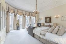 property to rent in Egerton Gardens, London...