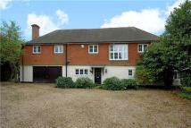 5 bed Detached house in Dorney Wood Road...