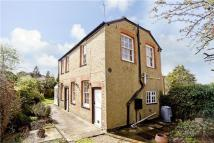 2 bedroom home to rent in Cookham Road, Maidenhead...