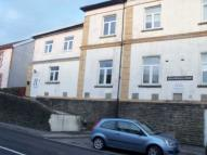 Flat to rent in Flat 5 Meadow Hall Court...