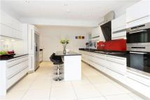 7 bedroom Detached property in Blackdown Avenue...