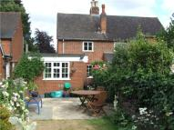 2 bedroom Cottage in The Street, West Clandon...