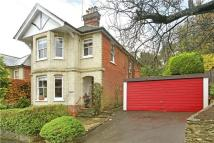 4 bedroom Detached property in Dean Road, Godalming...