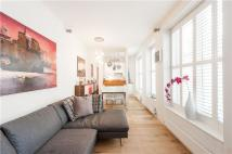 2 bed Flat in Gloucester Avenue...