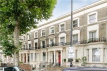 Flat to rent in Chippenham Road, London...