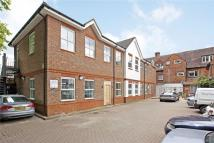 Apartment to rent in Hill Avenue, Amersham...