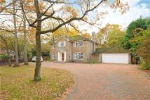 4 bedroom Detached home in Pinecote Drive...