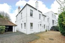 4 bedroom Flat in Woodlands Lane...