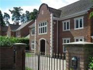 5 bedroom Detached property to rent in Cross Road, Sunningdale...