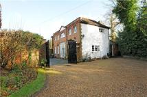 Middle Hill Detached house to rent