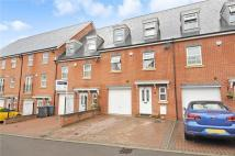 Town House to rent in Sandhills Lane...