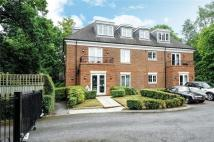 Flat to rent in London Road, Sunningdale...