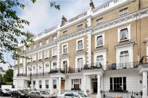 2 bedroom Flat in Onslow Gardens, London...