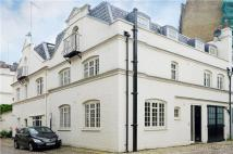 4 bed Mews in Hesper Mews, London, SW5
