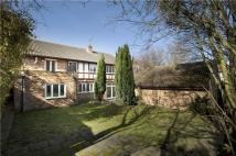5 bedroom property in Grange Park Place...