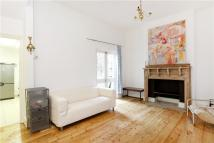 Hartfield Road Flat to rent