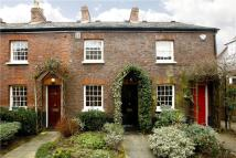 2 bedroom Cottage in Haygarth Place...