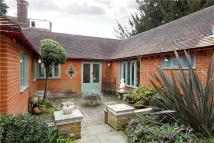 Bungalow to rent in Marryat Road, Wimbledon...