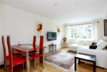 Flat to rent in Parkside, London, SW19