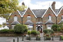 Cottage to rent in Belvedere Square...