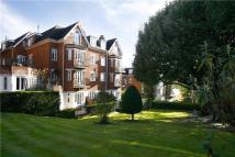 Apartment in Wimbledon Hill Road...