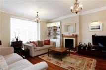 3 bedroom Apartment to rent in Grosvenor Hill...