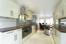 Detached property to rent in Hampton Close Wimbledon...