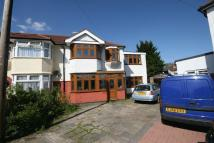 4 bed End of Terrace property in Ludlow Close, Harrow